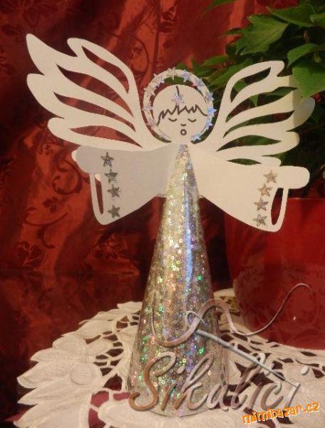 Vystřihovánky velký papírový Anděl