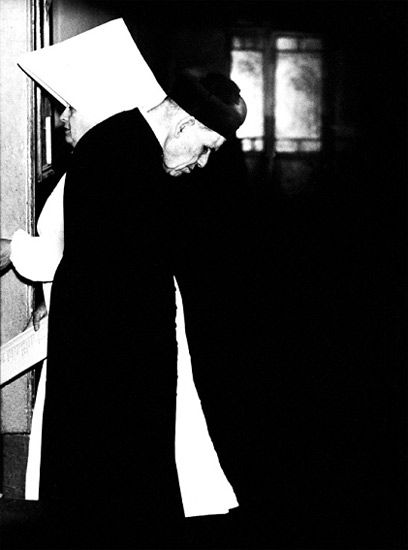mario giacomelli  - verrà la morte e avrà i tuoi occhi, 1955