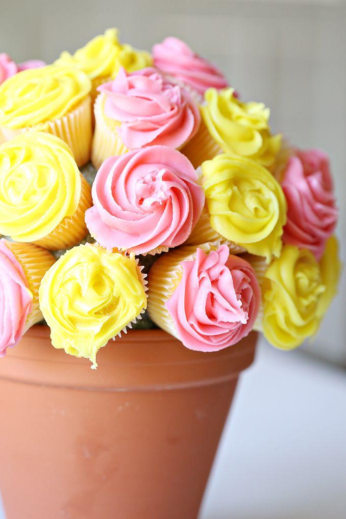 Easy Flower Cupcake Bouquet Tutorial