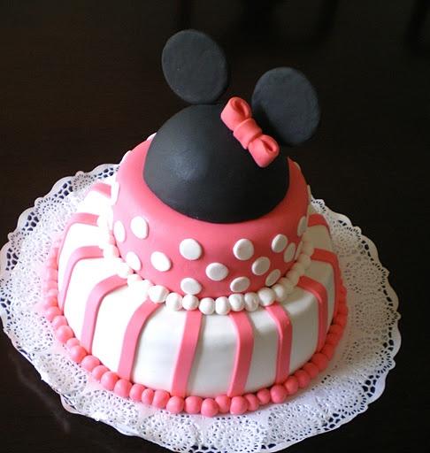 Torta de Minnie Mouse de dos pisos | Tortas | Pinterest | Minnie ...
