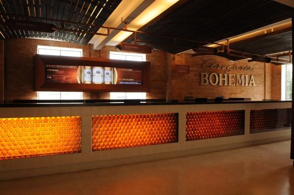 Cervejaria Bohemia by criacittá communication & design , via Behance