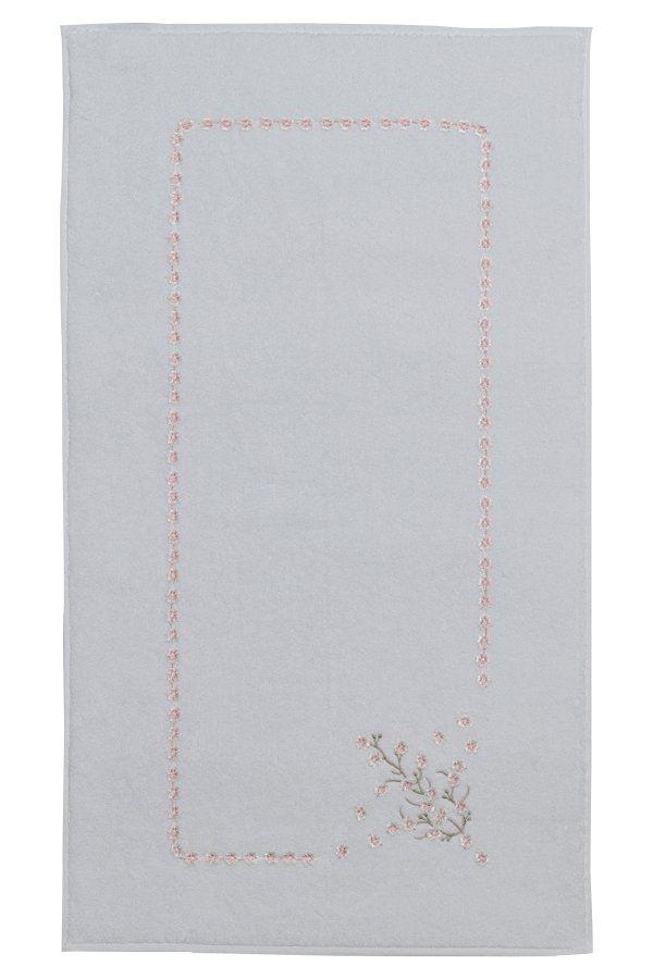 Koupelnová předložka Hayal ze 100% česané bavlny dovede Vaší koupelnu k úplné dokonalosti.