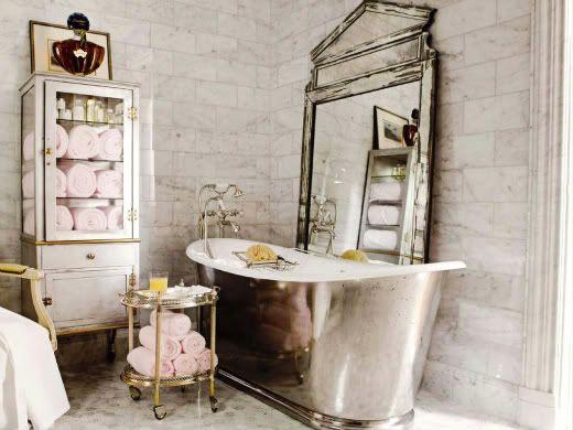Metalic tub
