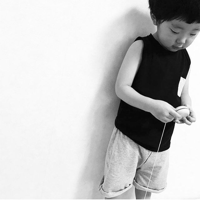 Our new Black Tanktop & Stone Summer Shorts! 📷@mokeand #houseofjamie #kidsfashion #kids #fashion #clothing #kleding #kinderkleding #oekotexcertified #ecofriendly #designedinamsterdam