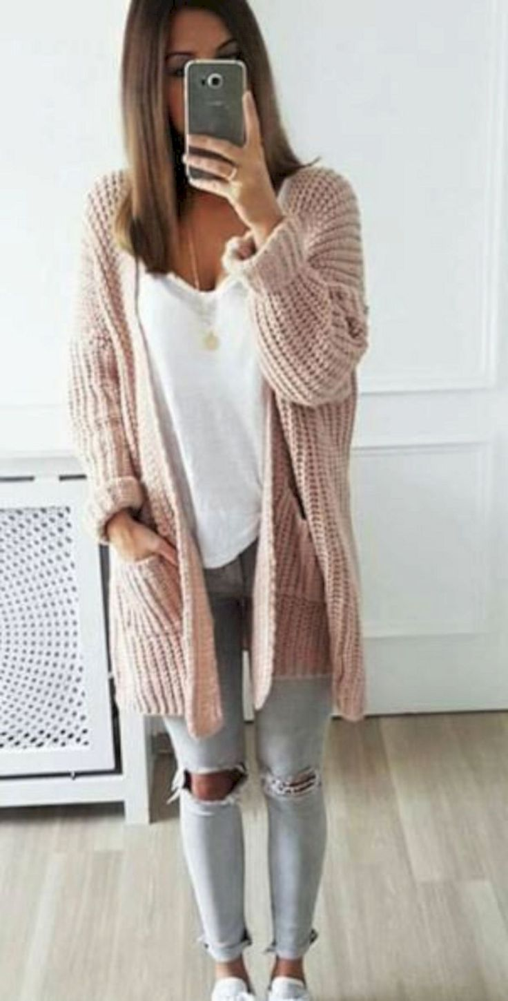 Cute 45+ Beautiful Simple Outfits Ideas That Anyone Can Wear Everyday https://www.tukuoke.com/45-beautiful-simple-outfits-ideas-that-anyone-can-wear-everyday-4854