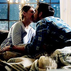 Kara and Mon-El kissing on the couch (again)! I'm running out of different ways to describe their insane levels of cuteness, so I'll just say they're so cute that they're making me feel awkward and 3rd-wheel-y again. :D (gif from shelleyhenign on tumblr) |TV Shows|CW|#Supergirl gifs|Season 2|2x17|Distant Sun|Kara x Mon-El|#Karamel kiss gif|Kara Danvers|Melissa Benoist|Chris Wood|#DCTV|Favorite couples|