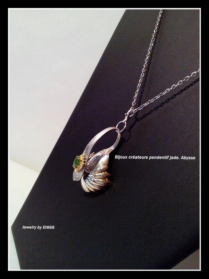 Bijoux créateurs pendentif jade. Abysse : Pendentif par et666