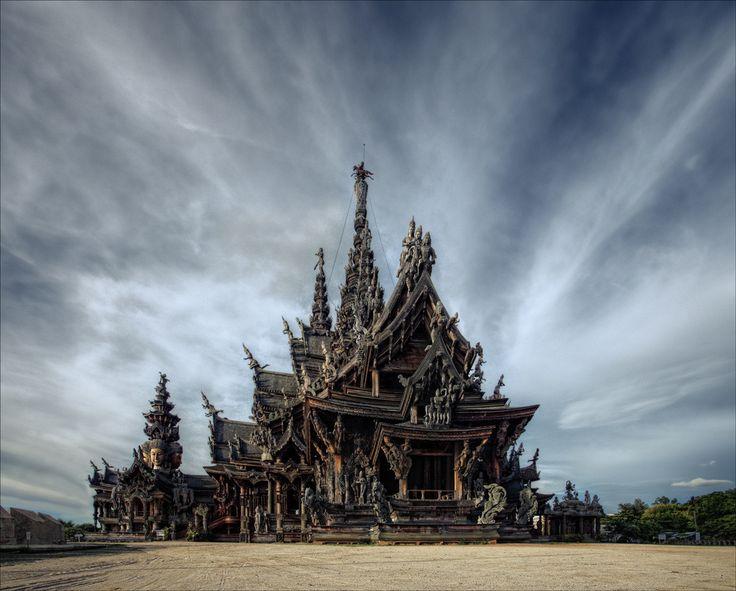 Sanctuaire de la paix, Pattaya, Thailand.