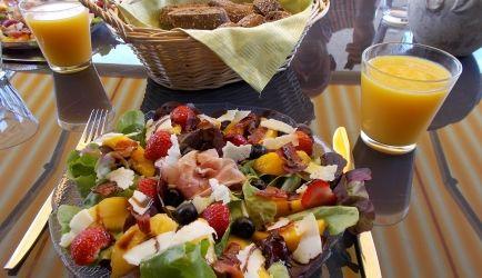 Super Lekkere Zomerse Lunchsalade; Ook Lekker Voorgerecht. recept   Smulweb.nl
