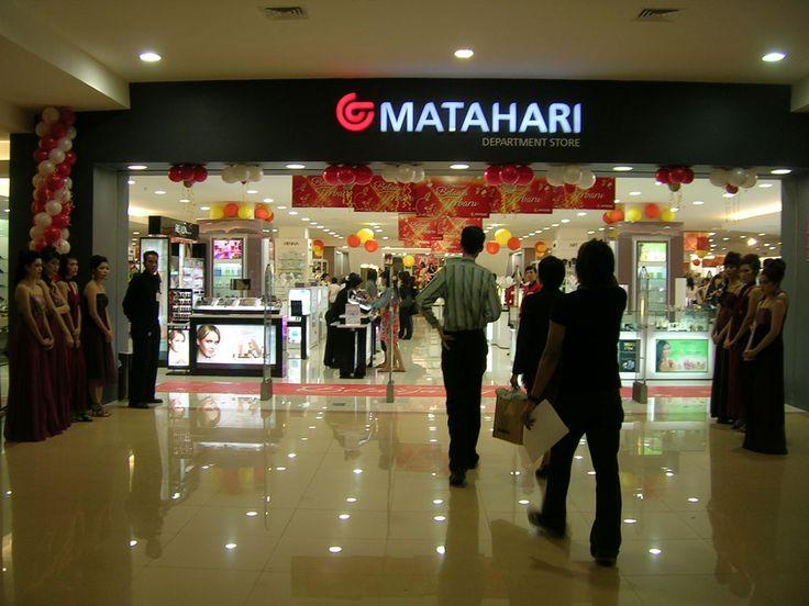 Mataharimall bertajuk Super September   Siapa yang tidak tahu Alibaba, pegiat usaha online pasti telah tahu. Jac Ma, yaitu seseorang Founder dari Alibaba, website e-commerce paling besar didunia Sekarang ini. Dengan kenaikan pendapatan sebesar CN ¥ 76, 204 miliar atau lebih kurang 170 miliar rupiah pada tahun ini dan jumlah karyawan ...  Sumber : http://www.kioopo.com/mataharimall-bertajuk-super-september-4985