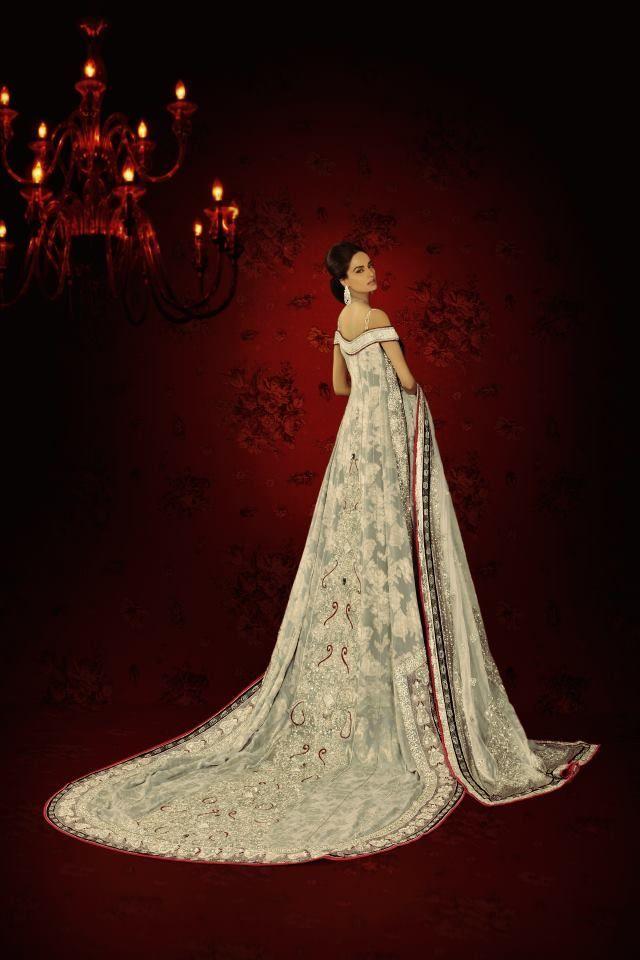 Wedding dress designers uk 2014