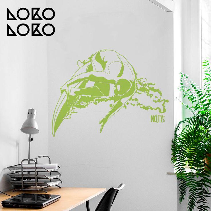 Vinilo decorativo de surfista para habitaciones juveniles #lokolokodecora #deportes