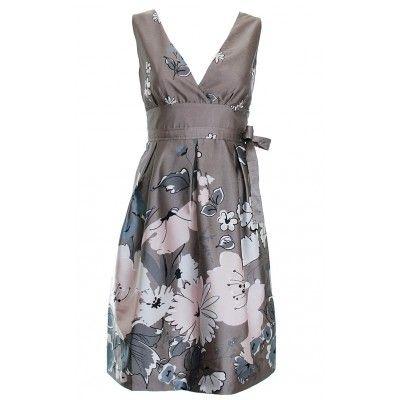 Hnědé šaty s mašlí