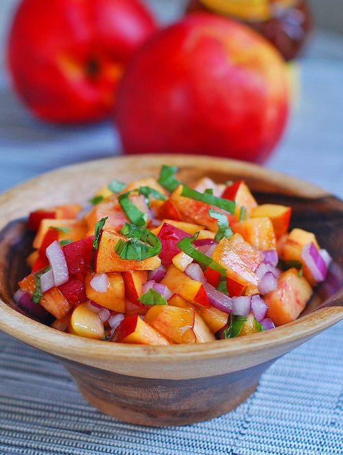 Naked inspiration: Not every #salsa has to be #tomato-based. This one is a #Nectarine + basil + onion. Sprinkle lime juice on top. Optional add-ons can be chopped avocado or celery. Tip: Make sure nectarines are soft and reddish, and use sweet onion instead of white. Enjoy!