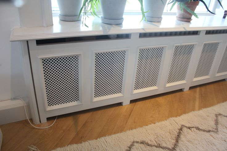 Elementskydd/Radiator cover at the HAY HOUSE, Copenhagen. Very nice!
