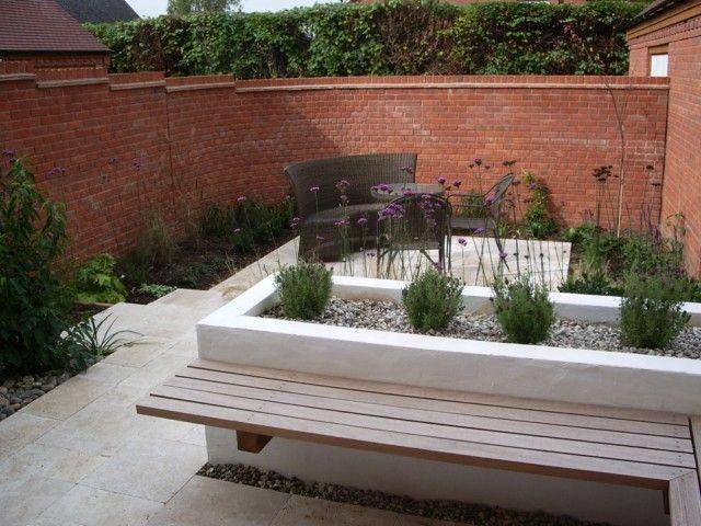 sitzbank hochbeet kies pflastersteine ziegelmauer eckbank | garden,