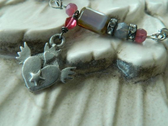 Assemblage Bracelet Layering Stretch Winged Heart by 58Diamond