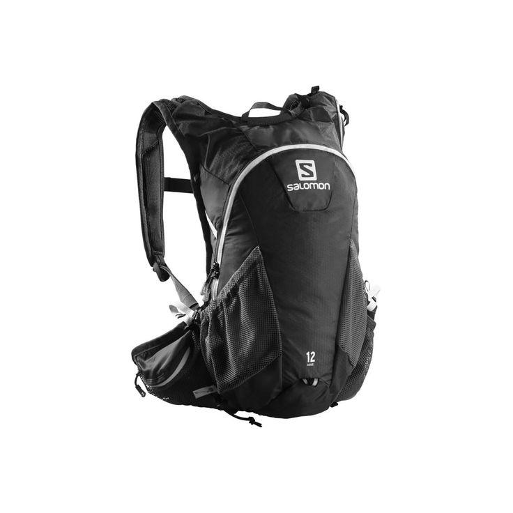 Agile² 12 Set från Salomon är en lätt 12 L stretchryggsäck för terränglöpning, ger rörelsefrihet och förvarar dina viktiga saker nära till hands under mellanlånga till långa terränglöpningar, mountainbikeäventyr och andra högaktiva sporter.