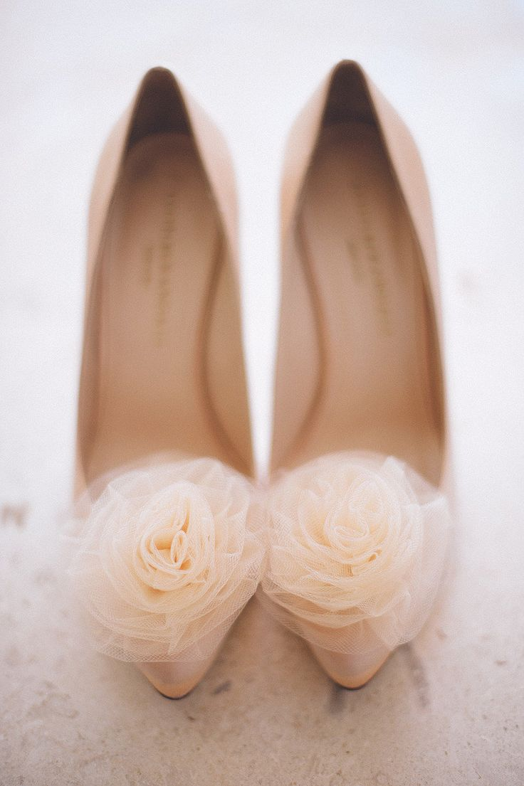 Pretty Peach Wedding Shoes | Shoe: LOEFFLER RANDALL