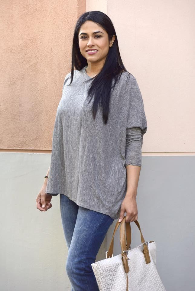Jeans Guess / Camisa gris Zara / Bolso CK (Calvin Klein)