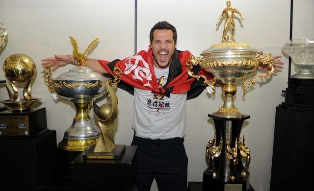 Em enquete torcedores do Flamengo aprovam a volta do goleiro Júlio César