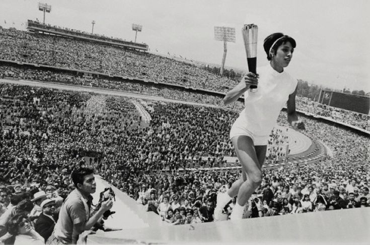 Tomboy Style: SCENE | Mexico City, 1968    Photo of Mexico's Norma Enriqueta Basilio, the first woman in the history of the modern Olympic Games to light the Olympic Fire by Darryl Heikes, October 12, 1968.: Modern Olympics, Basilio Lights, American Apparel, Olympics Fire, Mexico Norma, Enriqueta Basilio, Norma Enriqueta, Lights Olympics, Olympics Photos