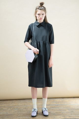 Oversized Midi Smock Dress with Collar Black - THE WHITEPEPPER