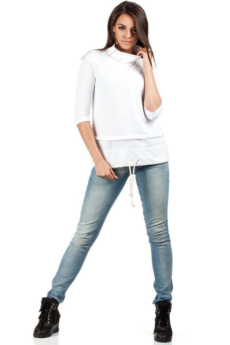 Biała bluza damska z trapezowym fasonem