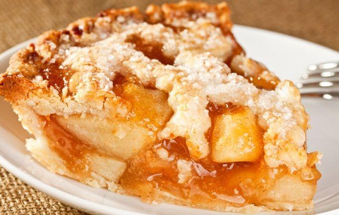 Εύκολη νηστίσιμη μηλόπιτα με πλούσια γεύση