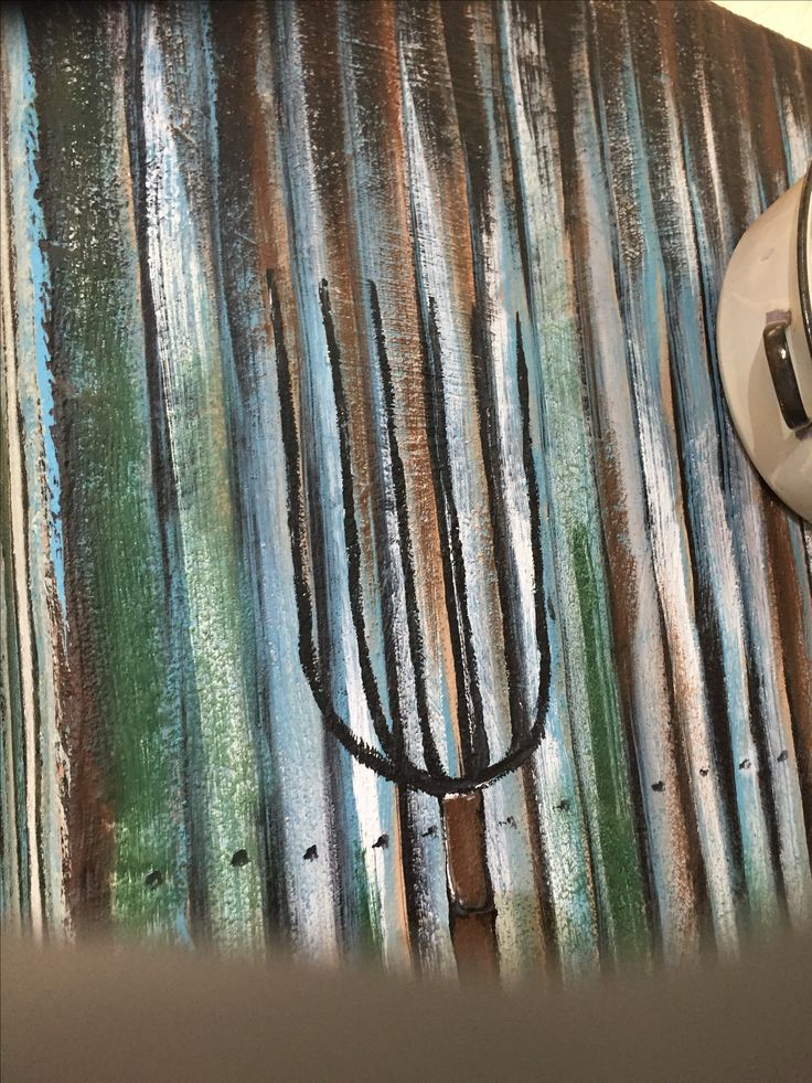 Farm Fork painted on corrugated sheeting