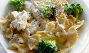 Crock pot Chicken Broccoli Alfredo - I added pesto, fresh minced garlic, and crushed red pepper.