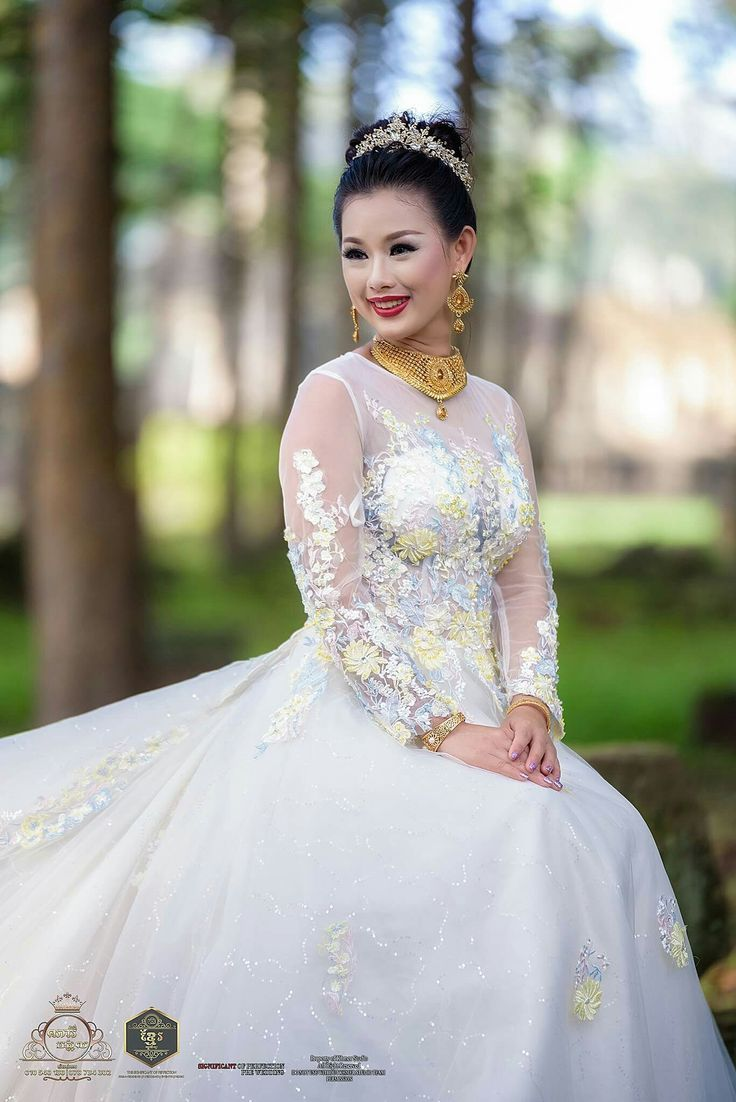 130 best C-Cambodia traditional wedding dress, images on Pinterest ...