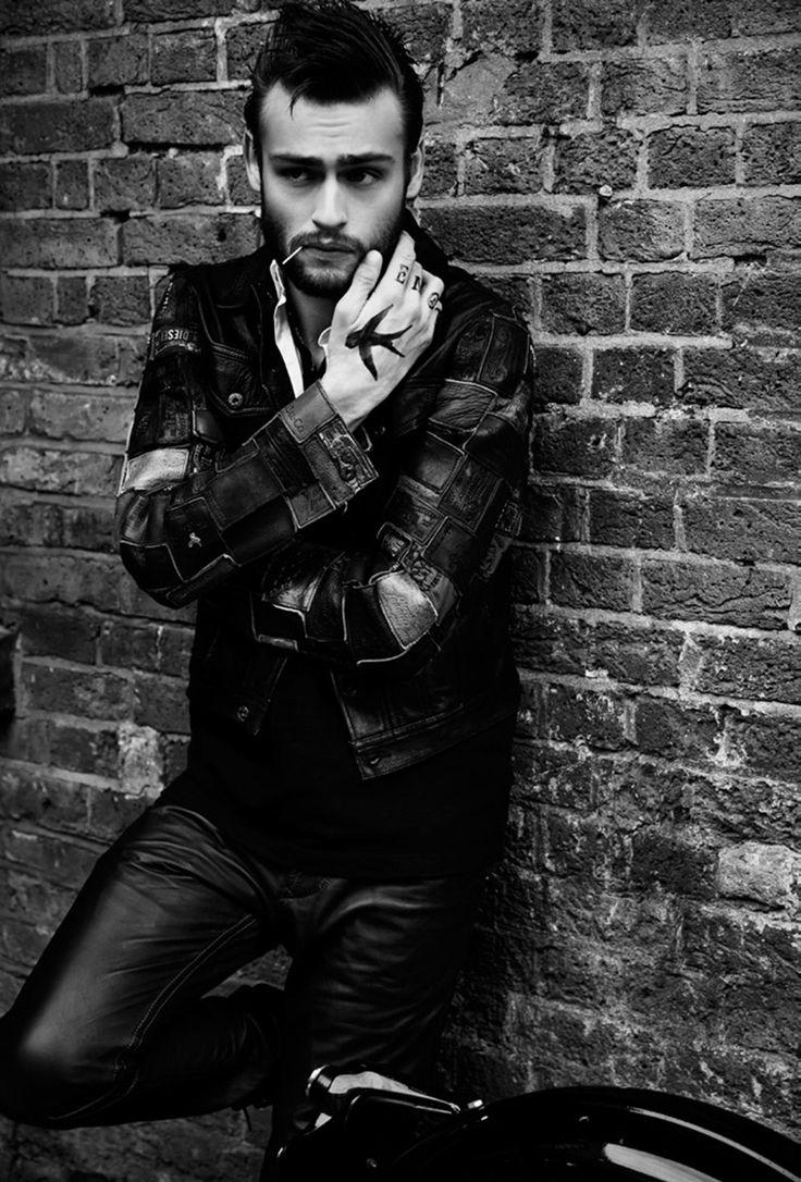 Versace Mens FW14   Mens winter fashion, Men fashion show