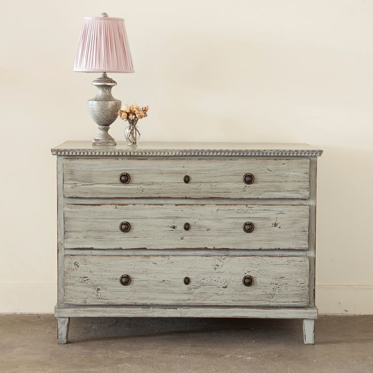 shabby chic couture furniture. shop our selection of trendy shabby chic style bedroom furniture beds headboards dressers u0026 accent tables from rachel ashwell couture