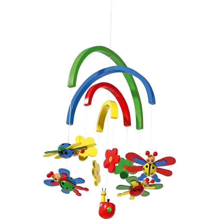 Profitați împreună cu cel mic de o zi relaxantă sub curcubeul colorat, în timp ce buburuzele vă zâmbesc și dansează sub acesta!