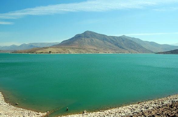 Embalse con capacidad de 100 millones m3. - Ovalle - Coquimbo  - Chile - httpbit.ly7mYC4f