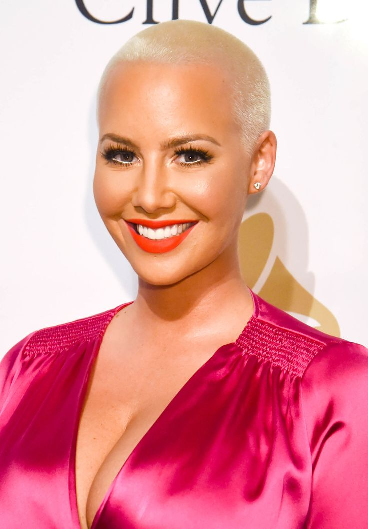 Amber Rose's signature cropped look has been her red carpet staple for years.