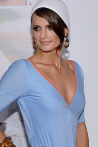 Stana Katic-My fave show, CASTLE!!! I want to look like her! She's a beauty!