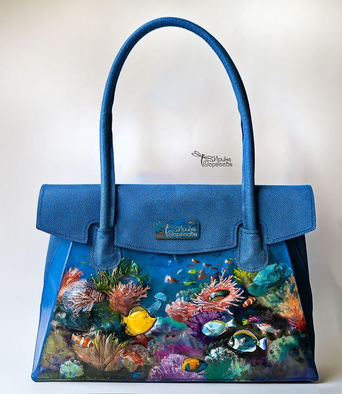 """Купить Сумка кожаная """"Барьерный риф"""" - синий, рисунок, океан, кораллы, стекло, рыбы, сумка"""