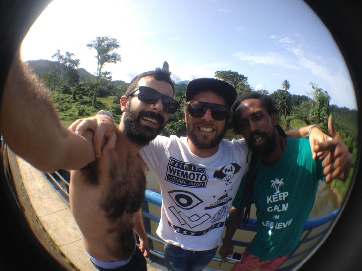 #Brothers #SaoTome #Friendship #Love #CãoGande  Photo by #BlackEye #TheOriginal #FishEye #Smartphones  Waves Woods / All Brand No Brand Electric / Wemoto Clothing / Freewaters Europe