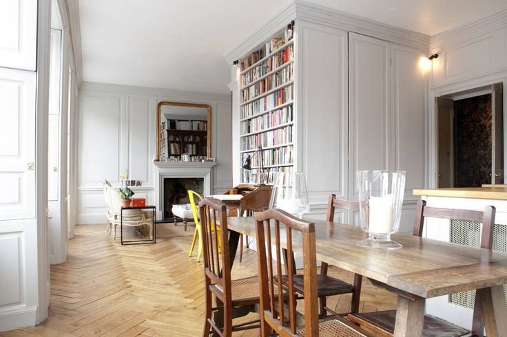 Check out this awesome listing on Airbnb: Classical Apartment on Royal Mile - Flats for Rent in Edinburgh