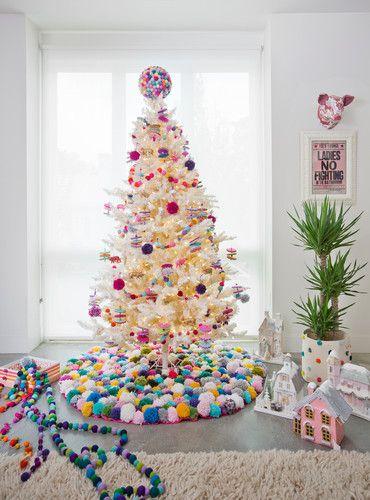 Get Your Non-Traditional Christmas Decor Inspo From This Colorful Home   Traditional  christmas decor, Christmas decor and Colorful christmas decorations - Get Your Non-Traditional Christmas Decor Inspo From This Colorful