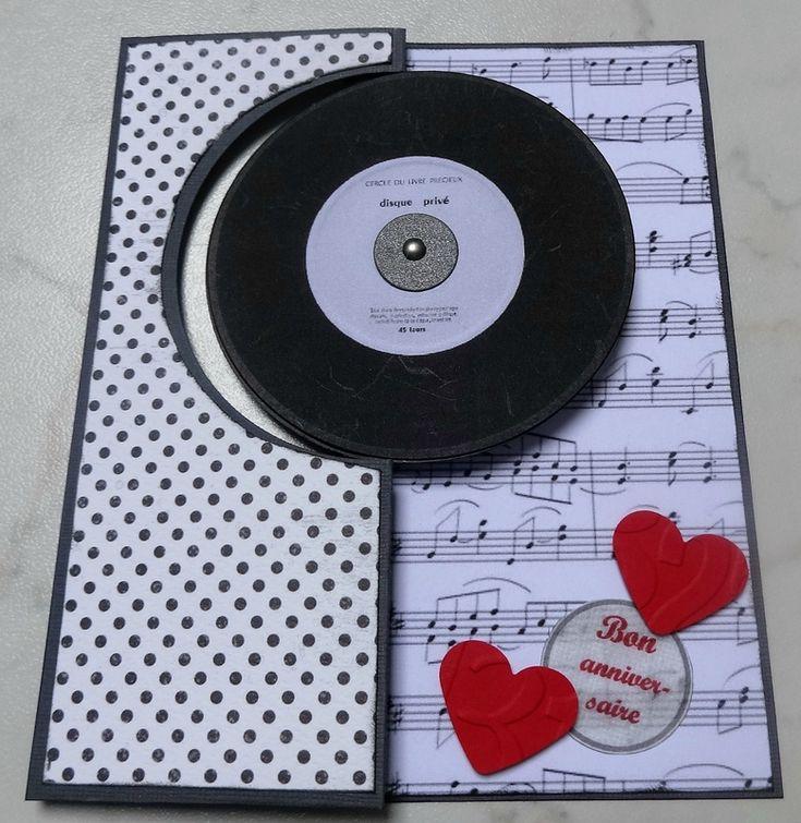 Anniversaire en musique avec une carte pop-up