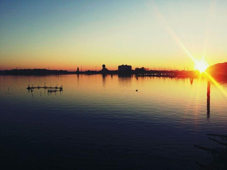 Tramonto sulla laguna sud #chioggia #sunset ph. Raffaella Gorda