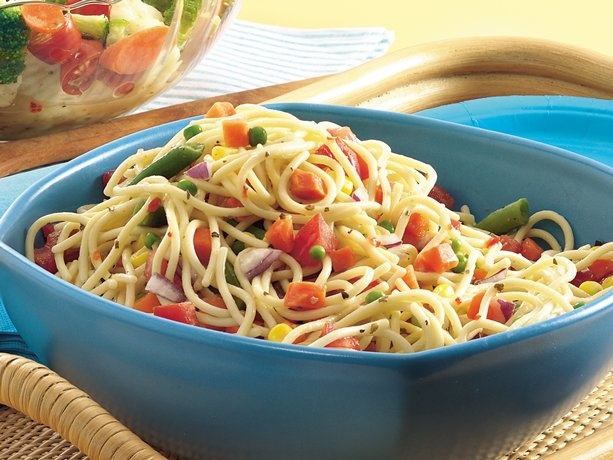 Confetti Spaghetti Salad: Pasta Salad Recipes, Side Dishes, Spaghetti Salad, Pasta Dishes, Food, Frozen Veggies, Confetti Spaghetti, Summer Salad, Carbonara