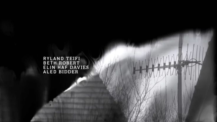 35 Diwrnod title sequence on Vimeo