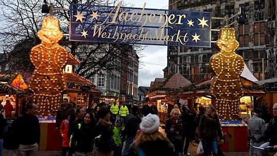 http://www.aachener-nachrichten.de/lokales/aachen/best-christmas-market-2016-aachen-nominiert-1.1237935