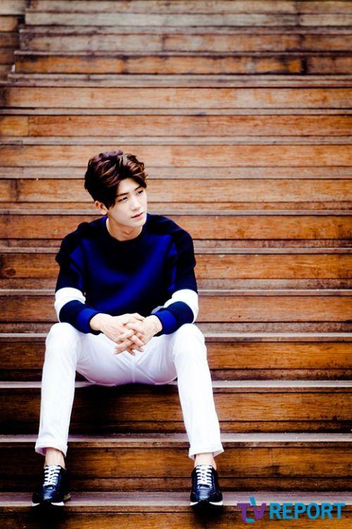 ZE:A Park Hyungsik News Interview