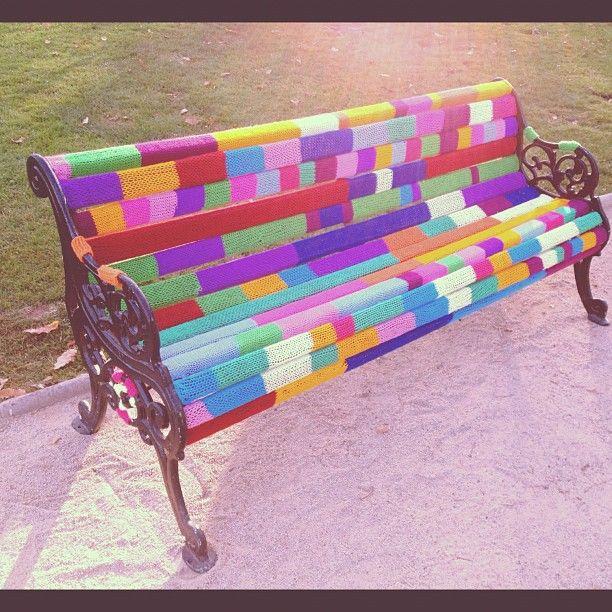 yarn bombing bench - photo #1