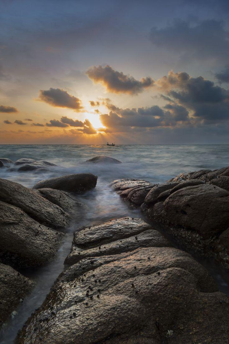 seascape by Chalermchai Karasopha on 500px